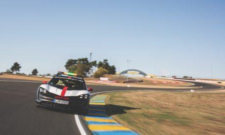 保時捷Taycan為24小時利曼賽事安全前導車