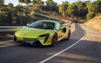 開創混合動力嶄新世代 McLaren Artura 劃世動能 強勢登峰
